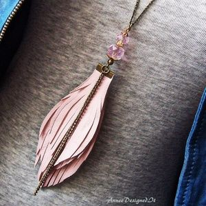 Jewelry - Pink Feather Bohemian Long Necklace